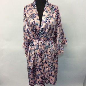 Victoria's Secret M/L Robe Floral Tie Front Pocket